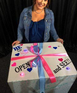 gender reveal 6 foils in a box